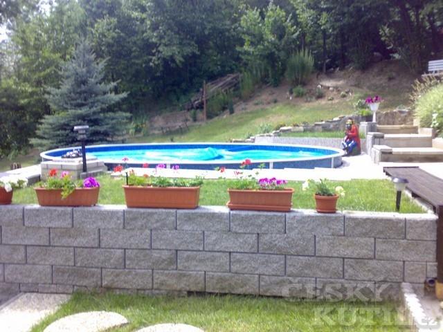 Bazén v Posázaví