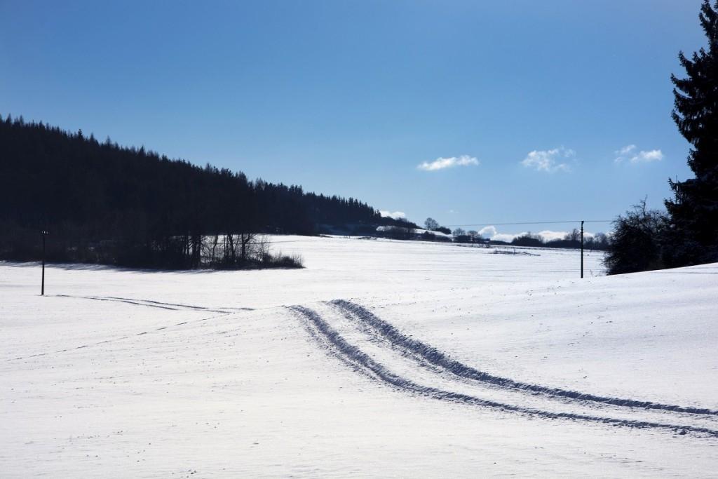 Okamžitá pomoc, když na sněhu prokluzují kola