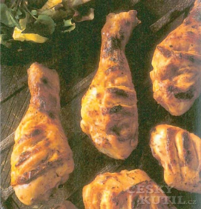 Kuřecí stehna na barbecue