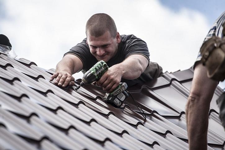 Nová střecha a životnost? Bez velkých starostí desetiletí!