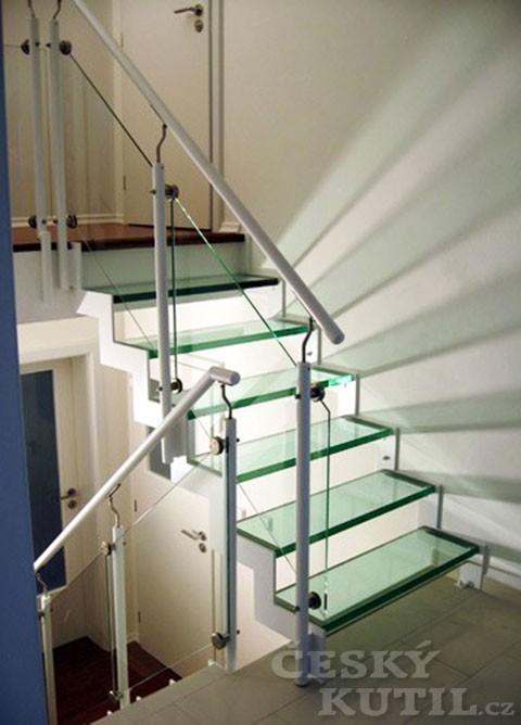 Průsvitná schodiště