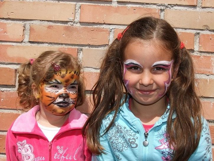 Barvy na obličej Snazaroo – fotogalerie