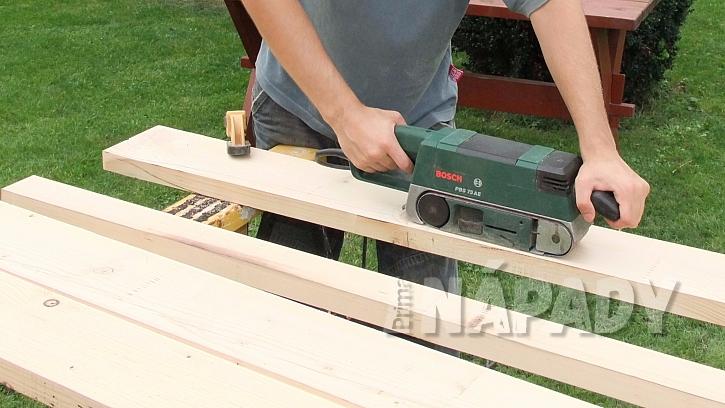 Příprava dřeva na nový práh