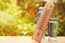 Čím se nejlépe ochladit v horkých letních dnech?