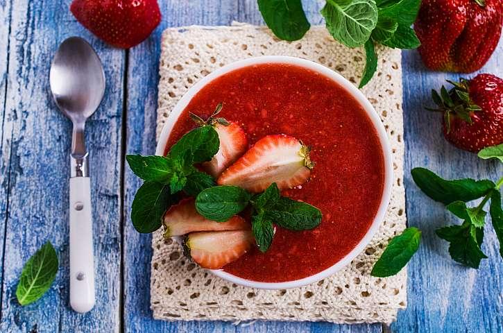 Jahodové gazpacho