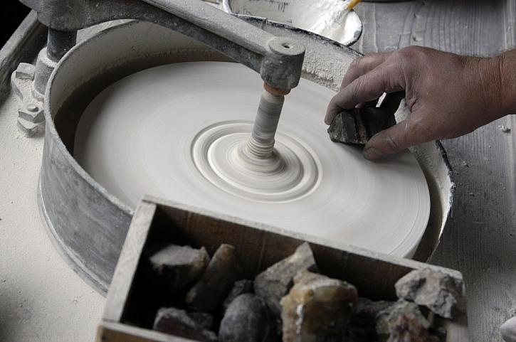 Způsob opracování kamene