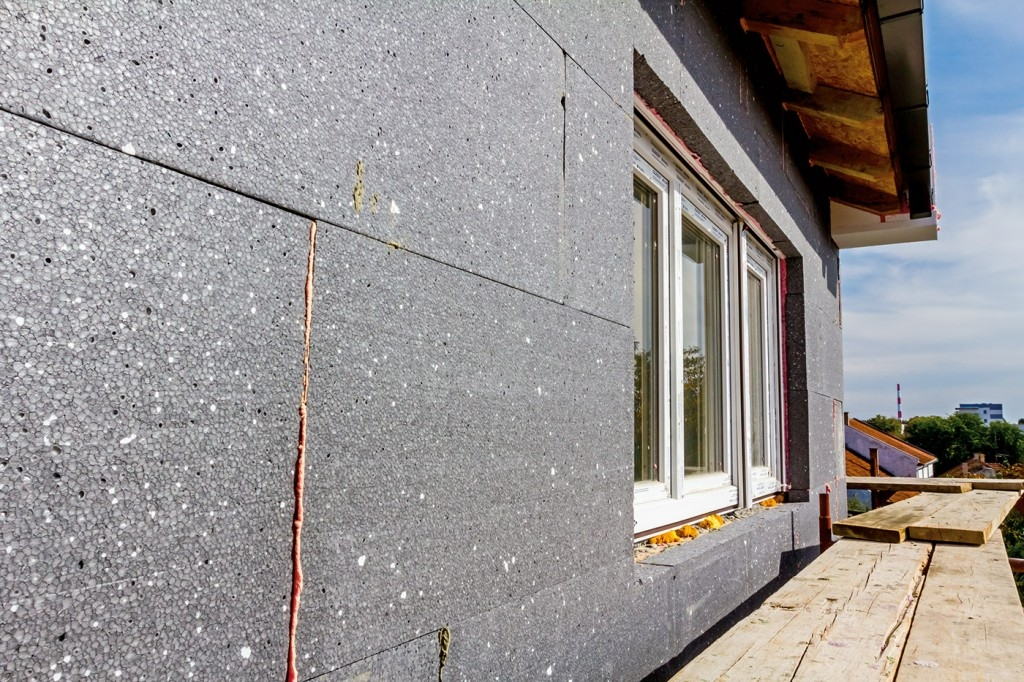 Zateplení fasády vám uspoří spoustu peněz. Poradíme, jak na to