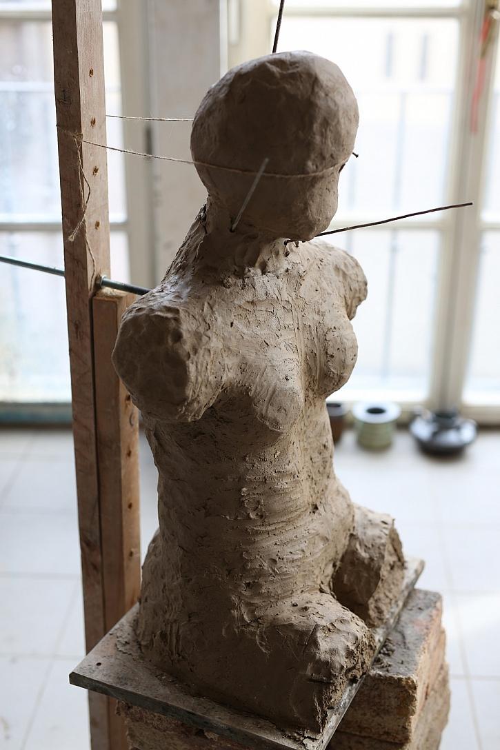 Rozpracovaná socha
