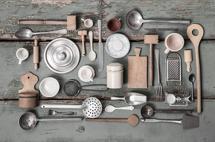 Kuchyňské náčiní je zapotřebí v každé kuchyni (Zdroj: Depositphotos)