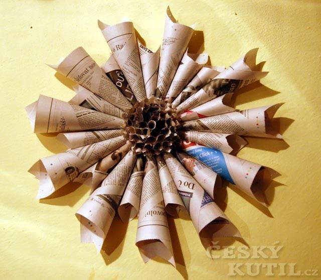 Vánoční hvězda z papíru