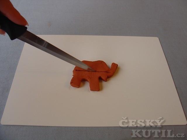 Brož z keramické hmoty – výroba