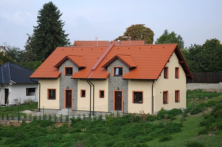 Dům ze strany vstupu