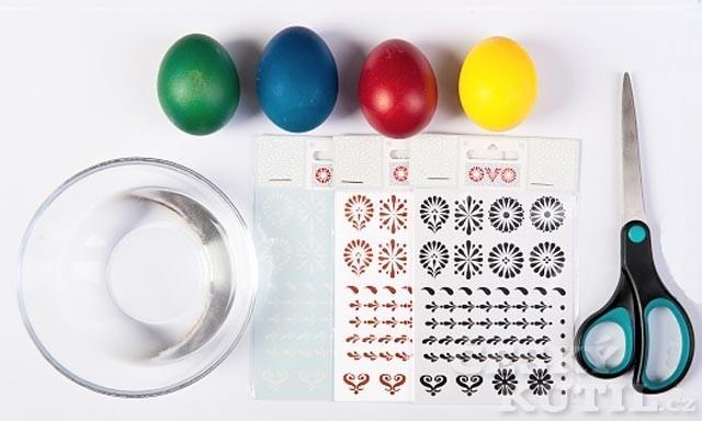 Zdobení velikonočních vajíček – obtisky OVO