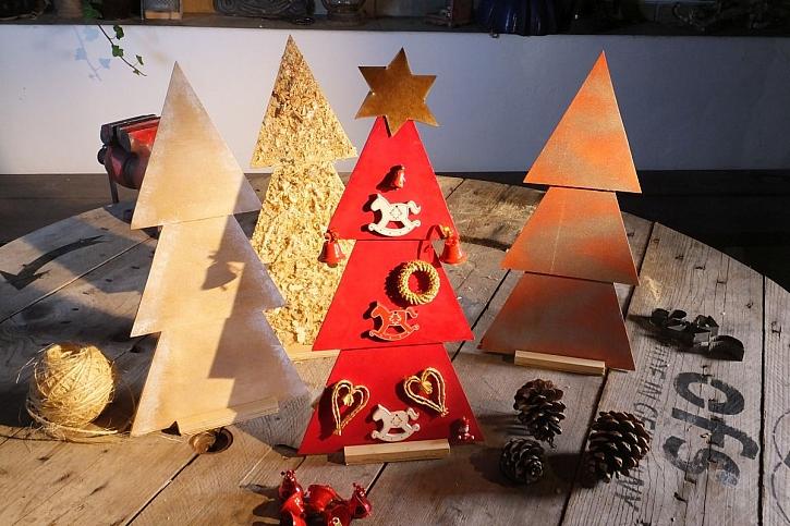 Vánoční stromeček z překližky (Zdroj: Pavel Kutil Zeman)