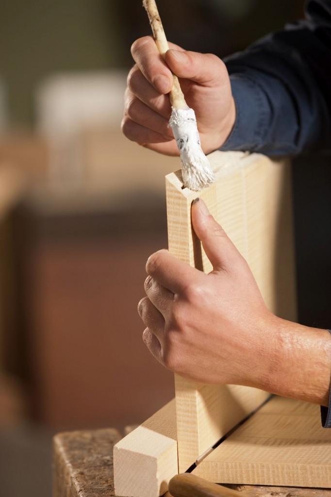 Vždy bychom měli vědět, jestli slepujeme dřevo měkké nebo tvrdé