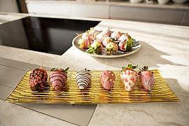 Jahody máčené v čokoládě jsou tím pravým dárkem na svátek sv. Valentýna