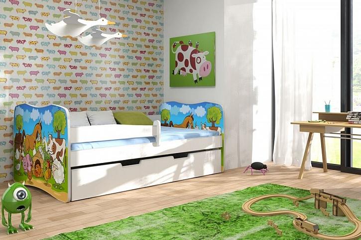 Dětské lůžko může být zdobené veselými obrázky.