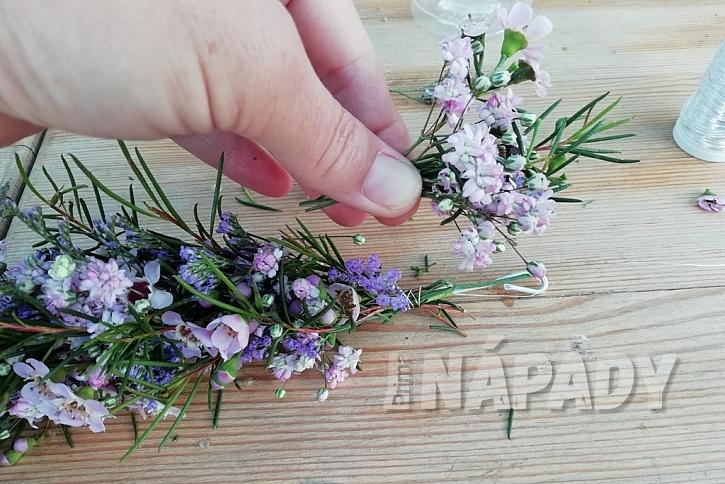 Květinový věneček do vlasů: poslední květy