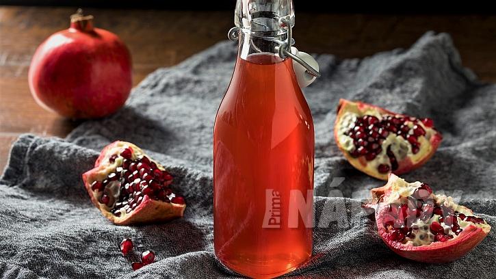 Granátové jablko: recept na domácí grenadinu