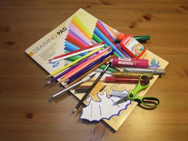 Výroba papírové dekorace – netopýři a ptáčci