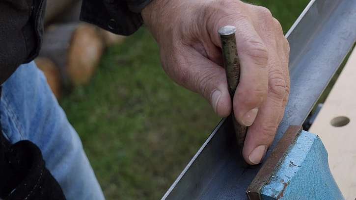 Příprava na vrtání do kovu