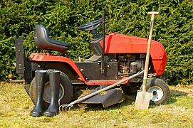 Zahradní traktor: jak tento stroj údržbou probudit po zimě k životu?