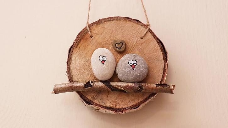 Jak vyrobit zamilované ptáčky z kamínků