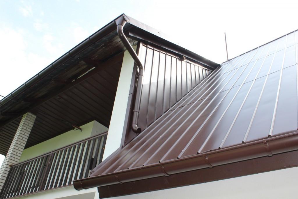 Plánujete výměnu střechy? Zvolte lehkou střešní krytinu