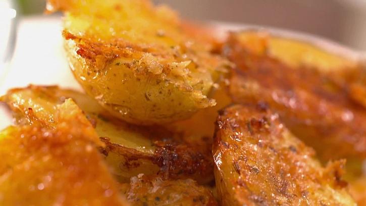Vychladlé pečené brambory