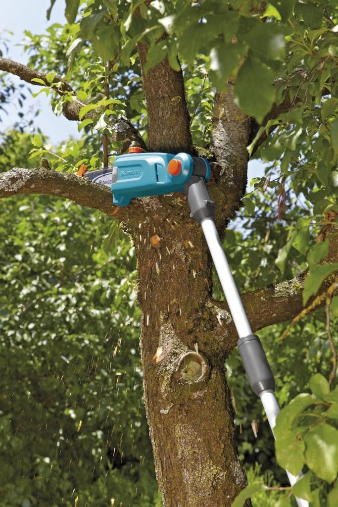 Nástroje značky Gardena pro snadnou údržbu stromů