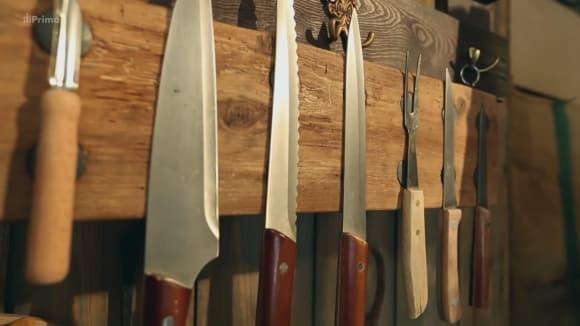 Držák na kuchyňské nože