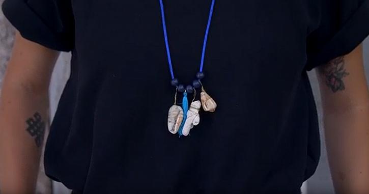 Vzpomínkový amulet pro štěstí: Náhrdelník z kamínků