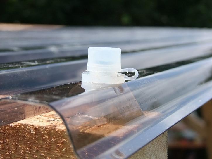 Pokládka střechy na pergolu