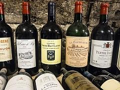 Výběr kvalitního vína podle etikety: Pijte skutečně na zdraví!