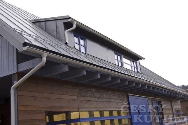 Zkontrolovat střechu je třeba, jakmile roztaje sníh