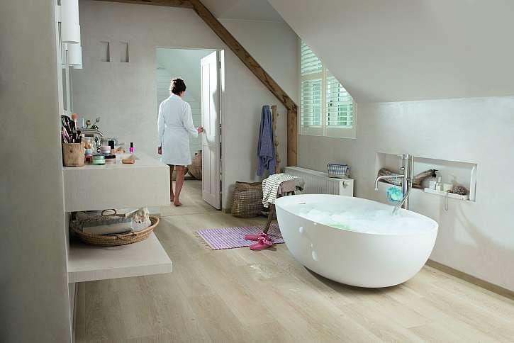Koupelna s vinylovou podlahou