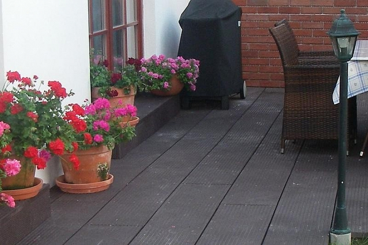 Plastové terasové desky od firmy Transform