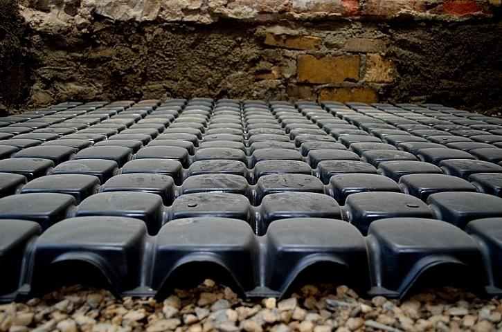 GUTTADRYTEK – tvarovky pro trvalé odvětrání podlahové konstrukce