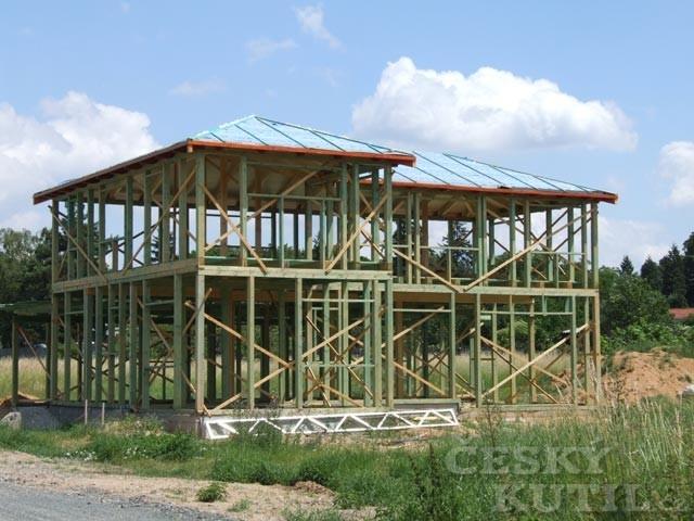 Rozvoj a ústup dřevěných staveb