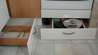Návod, jak udělat šuplíky pod linku (nejen) do malé kuchyně