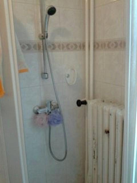 Antikutil – vyhřívaný sprchový kout