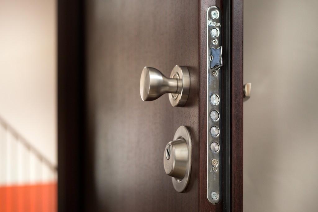 5 důvodů proč si pořídit bezpečnostní dveře do domu