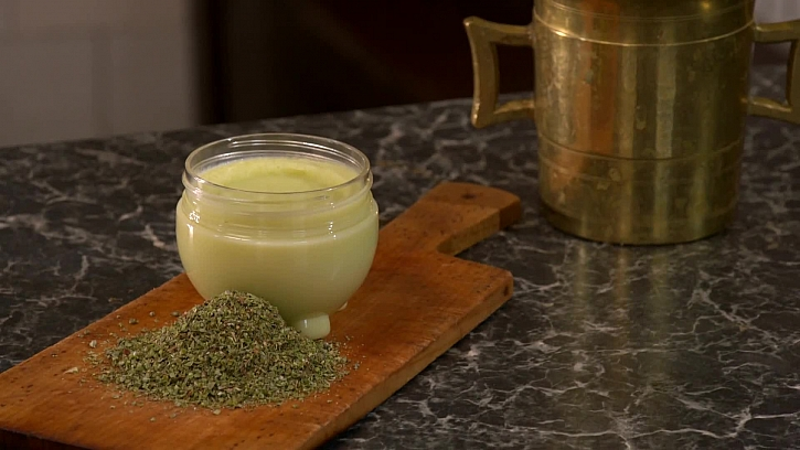 Recept na zázračnou mast z majoránky