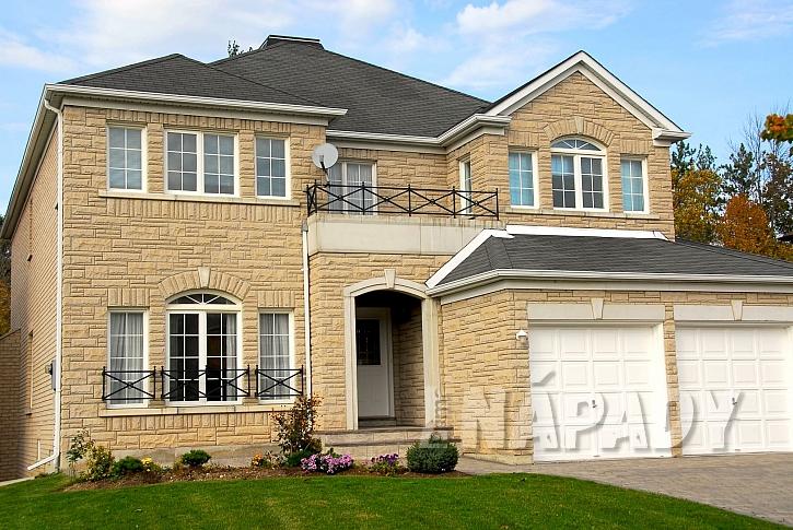 Kamenné obložení domu (Zdroj: Depositphotos.com)