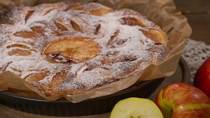 Recept na pětiminutový jablečný koláč