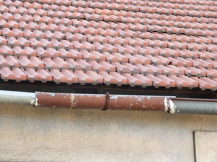 Antikutil – období dešťů začíná a je čas zkontrolovat nefunkční okapy