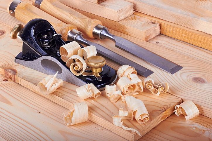 Práce se dřevem je podstatou stolařského řemesla (Zdroj: Depositphotos)