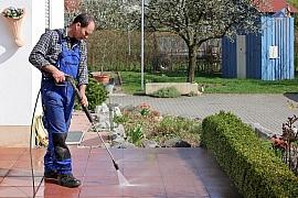 Obnovte zašlý lesk zámkové dlažby
