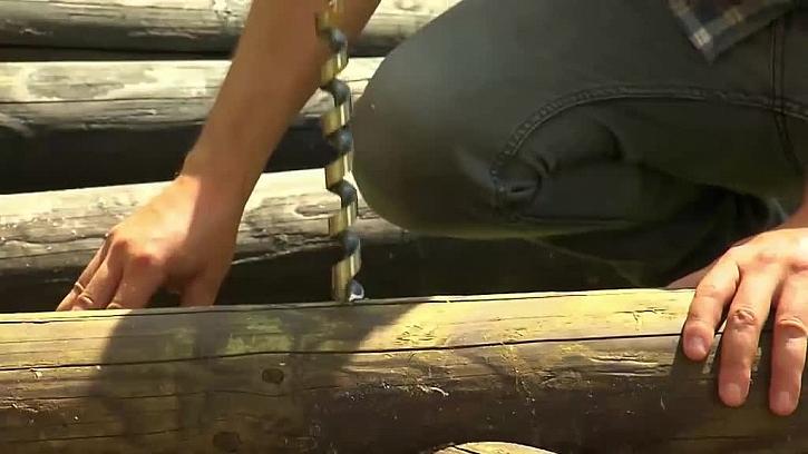 Provrtání dřeva