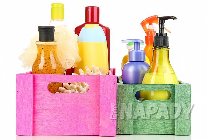 Dřevěné úložné boxy na kosmetické výrobky